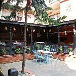 garden and restoran