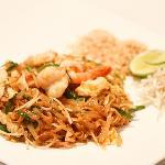 Pad Thai Goong Sod - Stir Fried Noodle with Shrimp