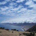 Steilküste mit Wolkenstau (Staunebel)