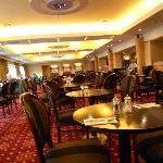 Park Royal dining room