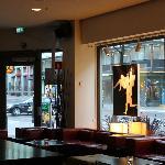 Hotel bar/restaurant
