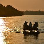 Paseo en barco al atardecer por el rio Zambeze