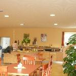 Frühstücksraum mit Buffet