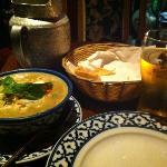 Kiew Wan Gai and a Singha beer
