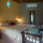 King Bedroom - Villa Colibri