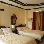 Blessedly airconditioned bedroom with hot shower