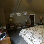 Huguenot Knight Suite bedroom