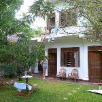 La maison et le jardin, vue sur les chambres