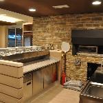Pizzeria con forno a legna