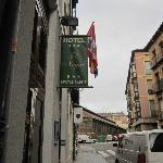 Fachada y Mercado del Val