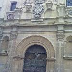 La fachada de la plaza de Romea. Foto: Elo Durán