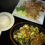 sizzling curry chicken & Pad Tie