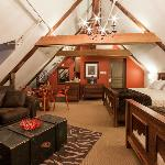 Loft with 2 king size beds
