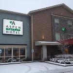 Outside Aspen Hotel