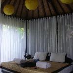 coconut balé