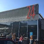 24 Diner 600 N Lamar Blvd - Great for Breakfast, Lunch, Dinner