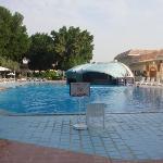 Schwimmbad ideal zum richtig schwimmen, Bar für relaxen
