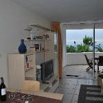 Sicht von Küche aus auf Stube und Balkon