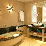 Luxury Fitted Bathrooms with Exquisite Granite and Starck Fittings