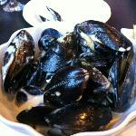 Mussels in a Dijon garlic cream sauce