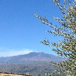 vue de la terrasse principale sur l'etna