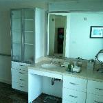Penthouse Guest Bedroom's Bathroom