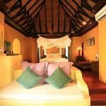 Paradee Resort & Spa Hotel