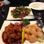 Dragon Phoenix and Beef w/Broccoli, nicely presented at the Golden Dragon.