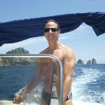 Dando a volta em Capri