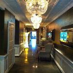 Från rum/hissar till reception/restaurant