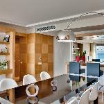 Interior - Elite Suites Photo