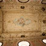 noble room ceiling