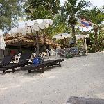 plage en face des bungalows