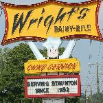 Sign in front of Wright's