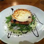Goats cheese, mushrooms and tomato starter