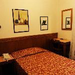 single room (110)