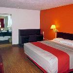 Motel 6 Tupelo