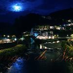 La villa de Cangas del Narcea de noche