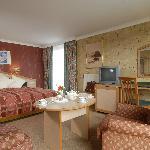 Photo de Hotel Klein Zwitserland