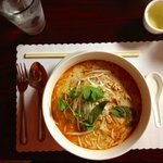 Kow Boon (Chicken Curry Rice Noodle Soup