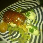 la langosta esta exquisita con salsa de 3 quesos se la recomiendo