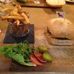 Regular burger at Frank's