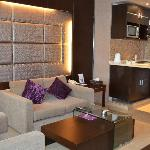 Lavender Home Furnished Apartments Foto