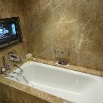 Marble bathroom in the Junior Suite