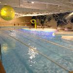 La piscina del centro benessere