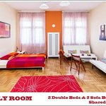 Trendy Budapest B&B Hostel - Family Room in Budapest Old-Town next to Chain Bridge