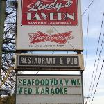 Lindy's Tavern