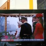Flat screen with good reception and English programs