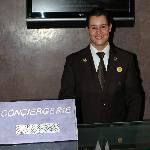 Vriendelijk en Servicegericht aanspreekpunt: een voorbeeld! Chef Concierge: Dhr. Ridouane BIJJI
