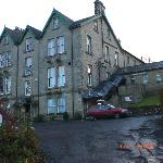 front of Coquetvale Hotel